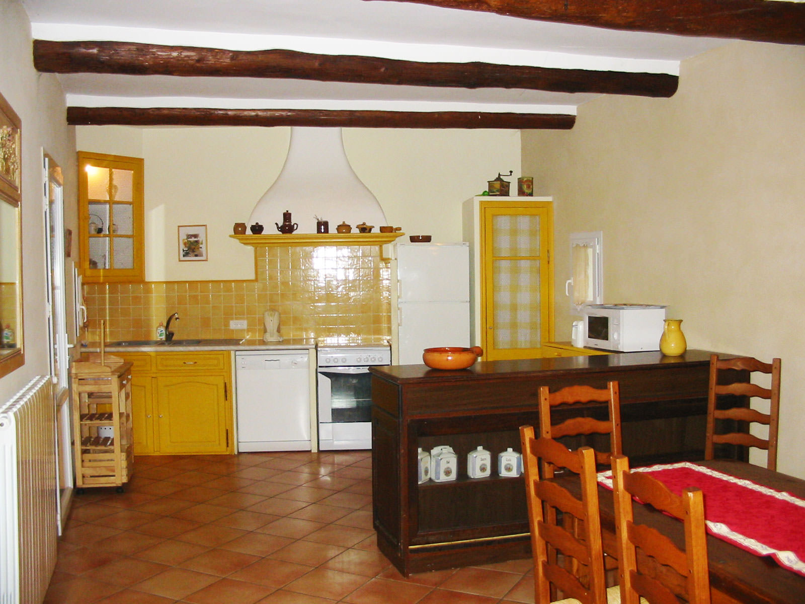 http://www.masgabriel.com/gite-luberon-provence/wp-content/uploads/2014/02/cuisine-mas-gabriel-003.jpg