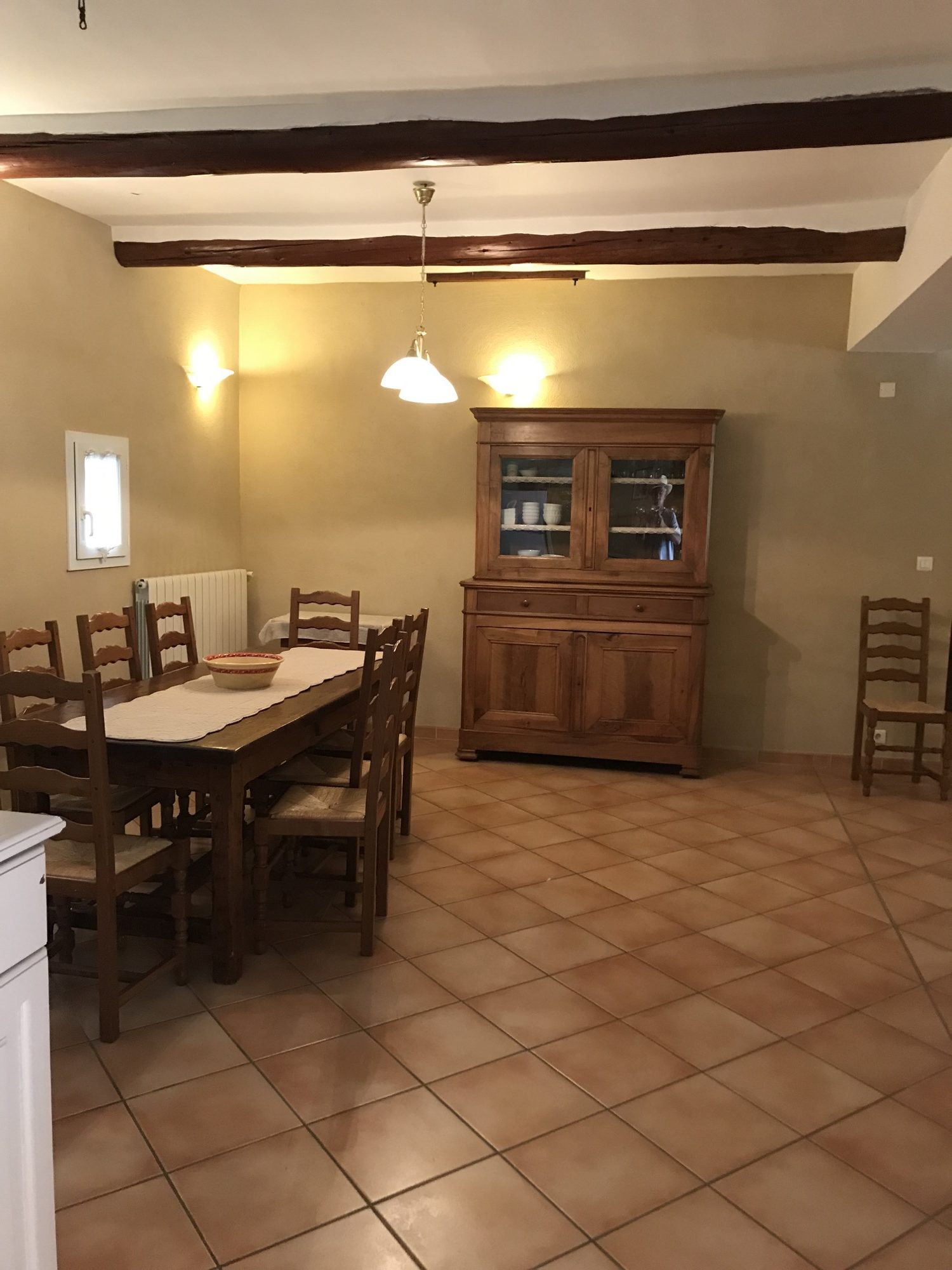 Grande salle à manger / dining room